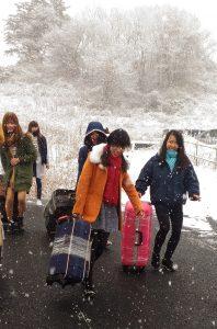 3期生雪の中